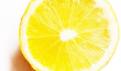 如何使用柠檬美白牙齿?还有其他美白牙齿的方法吗